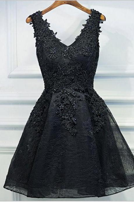 Black short homecoming prom dress, lace appliques prom dress, v-neck short prom dress,elegant wowen dress,party dress, dress for teens L982